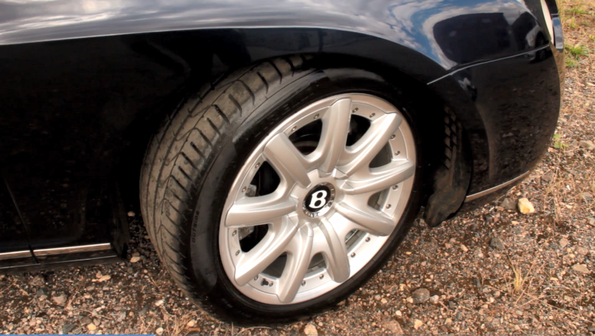 Bentley Continental GT Alloys After Viezu Refurb