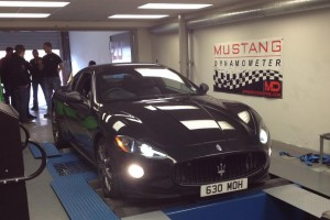 A Maserati Quattroporte on the rolling road at Viezu Technologies